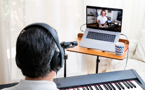 Teaching Piano Online- Embrace Technology